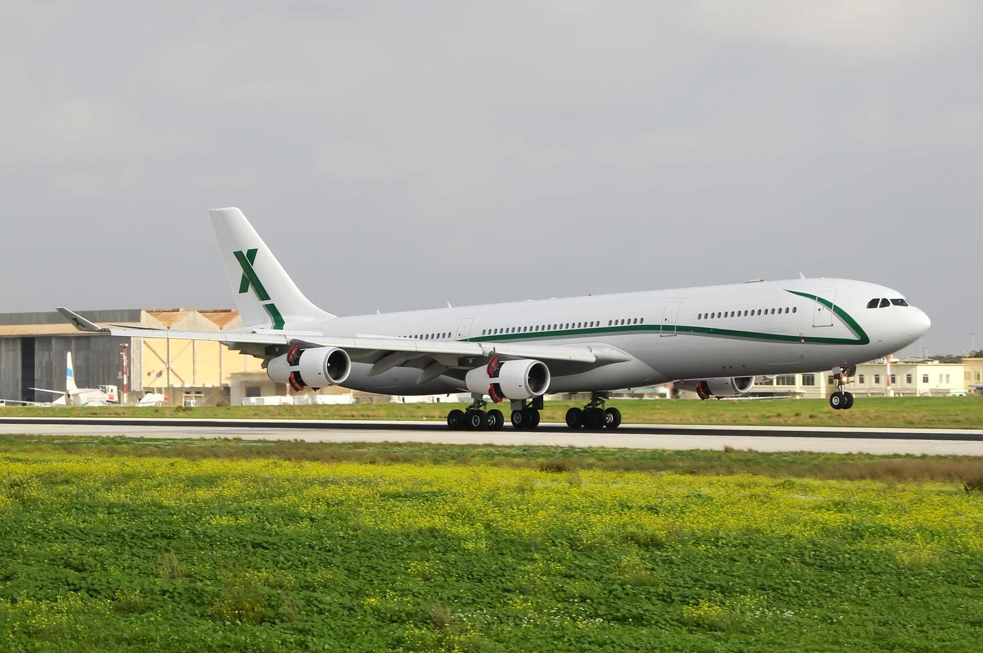 AirX Charter 9h-big