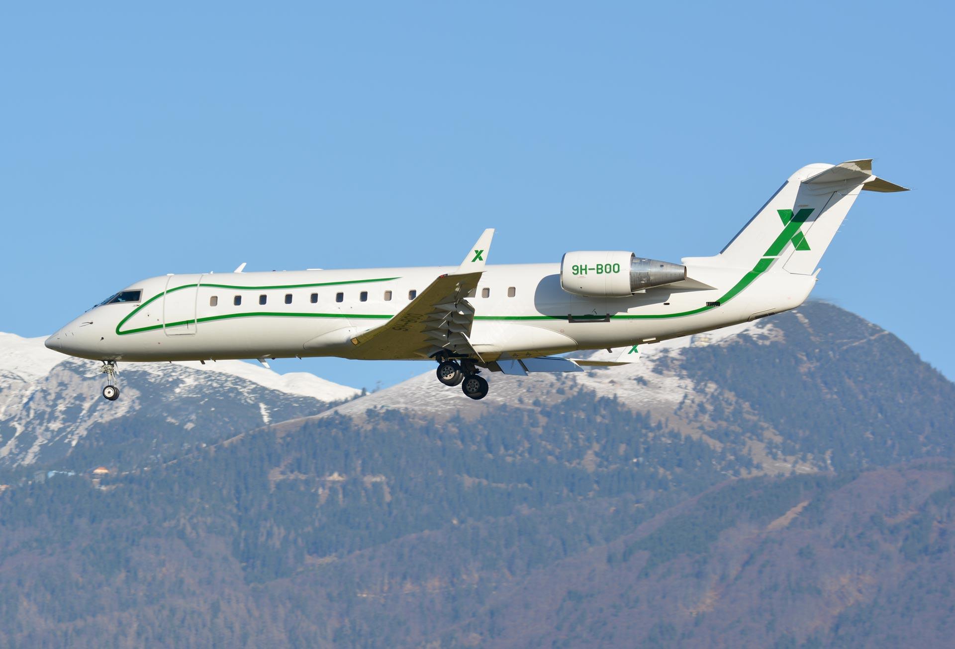 9H-BOO-CRJ2-A-Davor-Sierra5-(4)