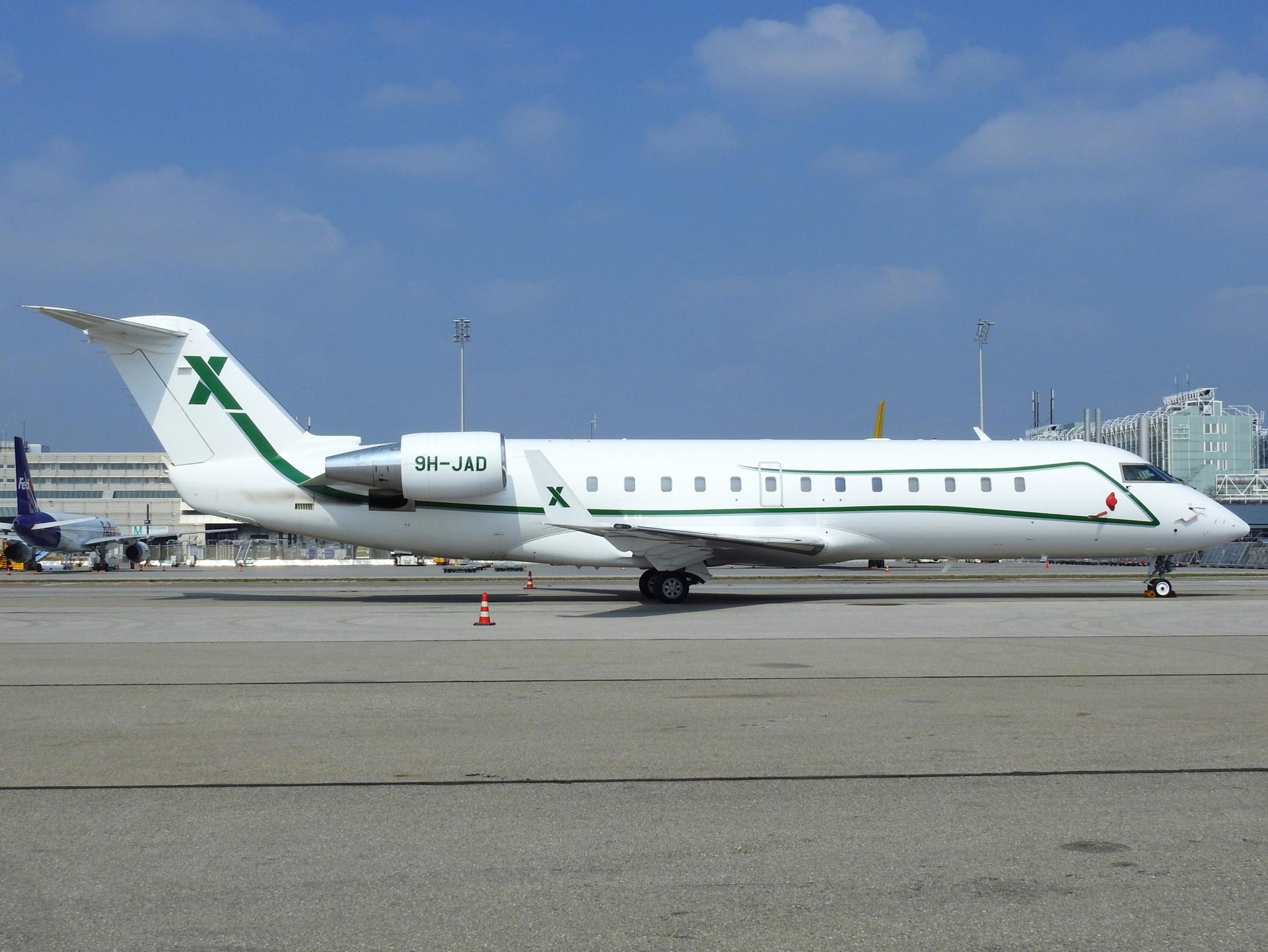 9H-JAD-AIR-X-Charter-Bombardier-Challenger-850-(CL-600-2B19)-(5)